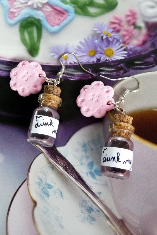 Boucles d'oreilles &quot;drink me&quot; Alice